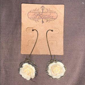 Plunder filigree rose drop earrings
